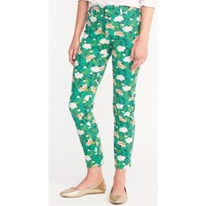 OLD NAVY • Green Floral Pixie Ankle Pants